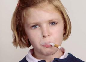 La Vape reprend les codes des pro-tabac pour imposer son produit sans contrôle